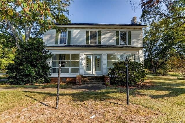 Five Acres In South Carolina Colonel Samuel Watson House Circa 1890 189 900 In 2020 House Styles