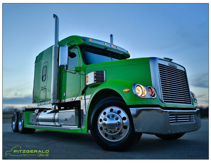 freightliner coronado midroof custom built by fitzgerald glider kits. Black Bedroom Furniture Sets. Home Design Ideas