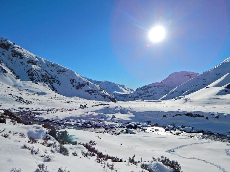 Camino a Laguna del Maule - Chile