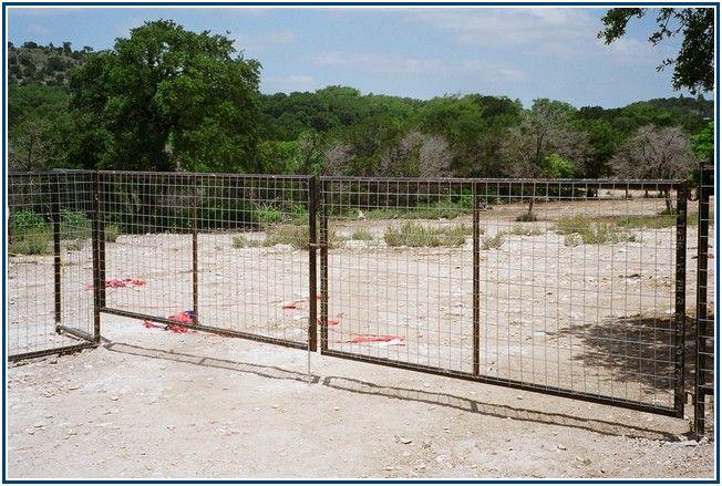 19 best Hog Wire Fences images on Pinterest | Garden fences, Garden ...