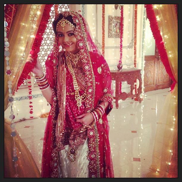 devoleena bhattacharjee sarees - Google శోధన