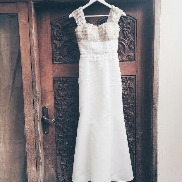 New alert for minimalist brides  www.braidsandco.com Instagram: @braids.co  #minimalistbride #coolbrides