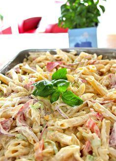 Anne Laila´s verden: Klubbmat pastasalat