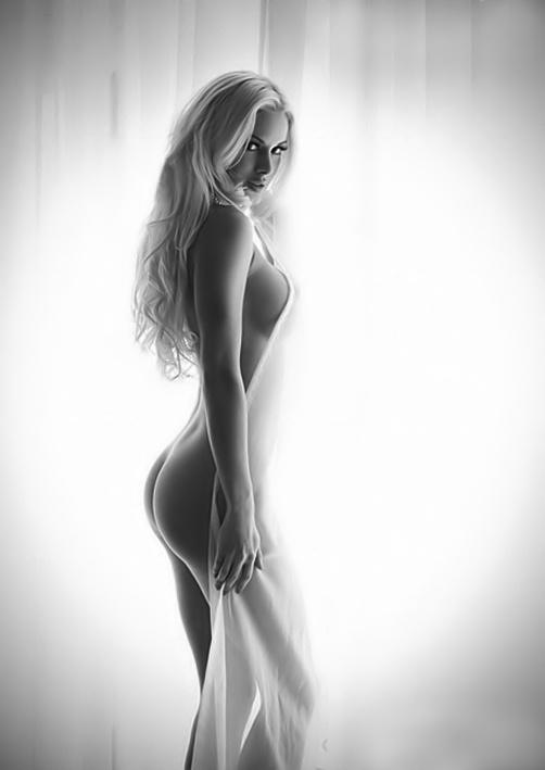 artistic nude photoshoot ideas