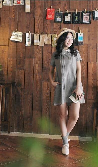 La robe en lin…la pièce idéale pour se sentit bien en été. Léger et agréable à porter, le lin s'avère être un excellent régulateur thermique. En plus de s'adapter à toutes les températures, cette m...