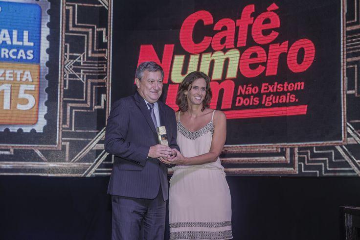 Na categoria #Café, o primeiro lugar ficou com o Café Número Um, marca do Grupo Buaiz. #recalldemarcas2015 #crossmediarecall