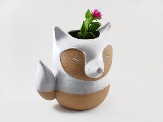 fox-shaped-ceramics-planter-vase-white
