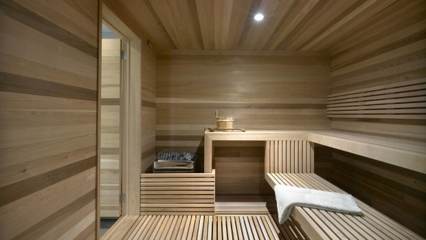 Lines and Depth in Sauna
