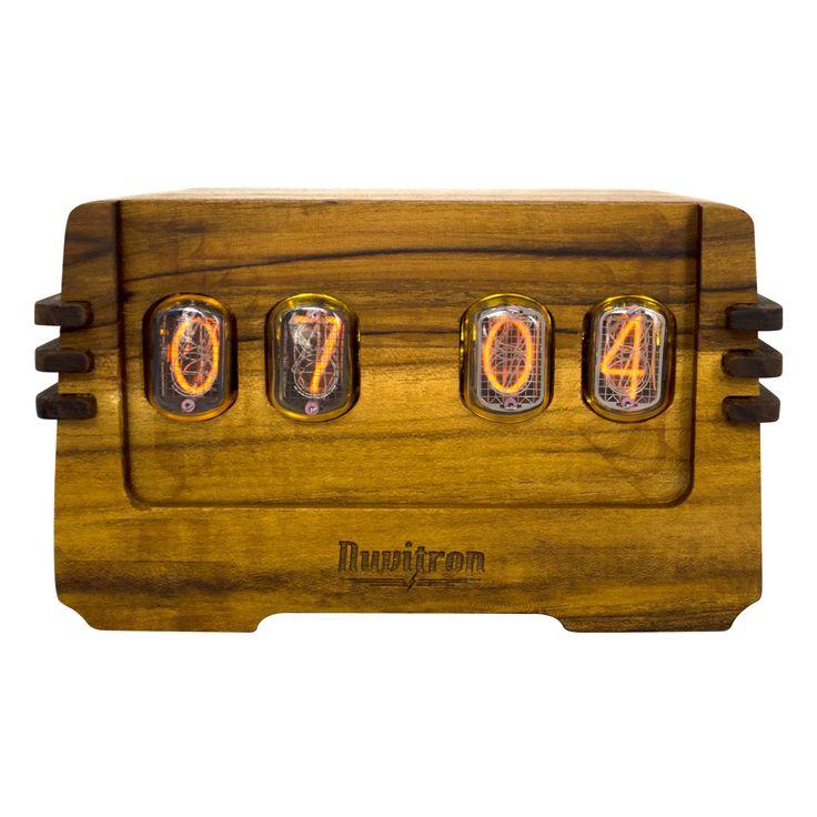 The Vintage Nixie Tube Clock - Ohm #Nuvitron #gadget #nixie #legno #chestofdrawer #art #woodcurls #livingroom #art #timepiece #artdeco #handcraftedclock #in12