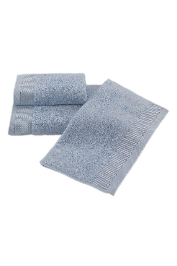 Bambusové uteráky BAMBOO majú prirodzené antibakteriálne vlastnosti, prirodzene odolávajú baktériám a plesniam a sú ideálne pre každodenné použitie aj do sauny.