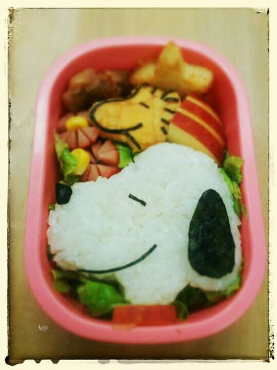 """PEANUTS!! Find out more character bentos on Facebook site """"Cool& Kawaii Character Bento"""""""