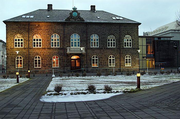 Allting, the parlament of Iceland - Islanti – Wikipedia