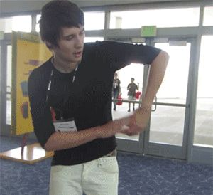 Dont know why Im so amazed by this idiot... ♥♥ Dan Howell
