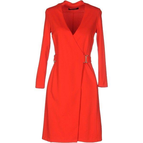 Roberto Cavalli Short Dress (51.615 RUB) ❤ liked on Polyvore featuring dresses, red, short tube dress, red v neck dress, v-neck dresses, v neck jersey and rayon dress