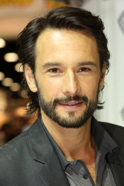 22 Latino Actors That Should Be Taking Over Hollywood - Rodrigo Santoro is from Brazil. Works in the U.S. Credits; Charlie's Angels: Full Throttle. He also appeared in Love Actually, the popular TV series  Lost, and the epic Spartan feature 300.