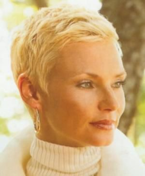 Short Hairstyles For Women Over 60 With Fine Hair  (LIKE THIS ONE)