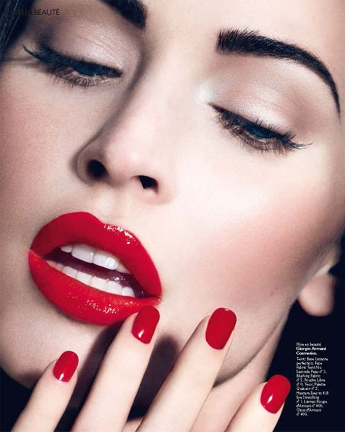 Wish I could pull off the red lip