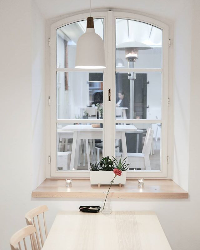 Atrium cafe, Prague. #interiorphotography #architecture #atriumcafe #prague #xpro2 #fujifilm