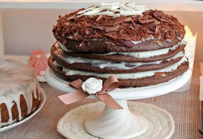 Meztelen torta fehércsoki krémmel