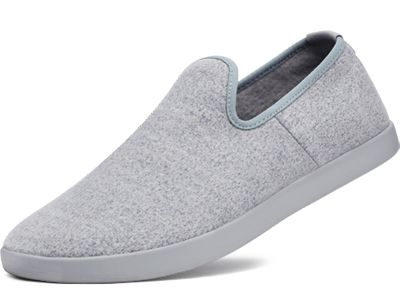 WOOL LOUNGER - Soft comfort in a smart silhouette that goes with every outfit and occasion.