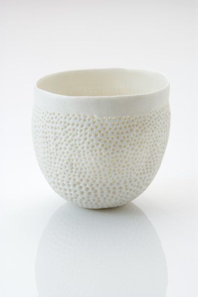 Pinch pot by Vicki Grime...pinbrush texture?                                                                                                                                                      More                                                                                                                                                     More