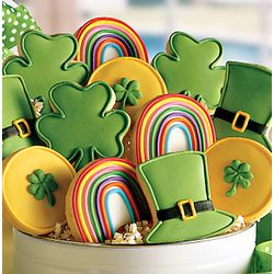 St. Patrick's Day Cookies @Donna Roslin...Can we make these... TO give away?