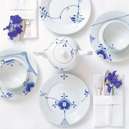 Royal Copenhagen Blue Fluted Mega Dinnerware | Artedona.com