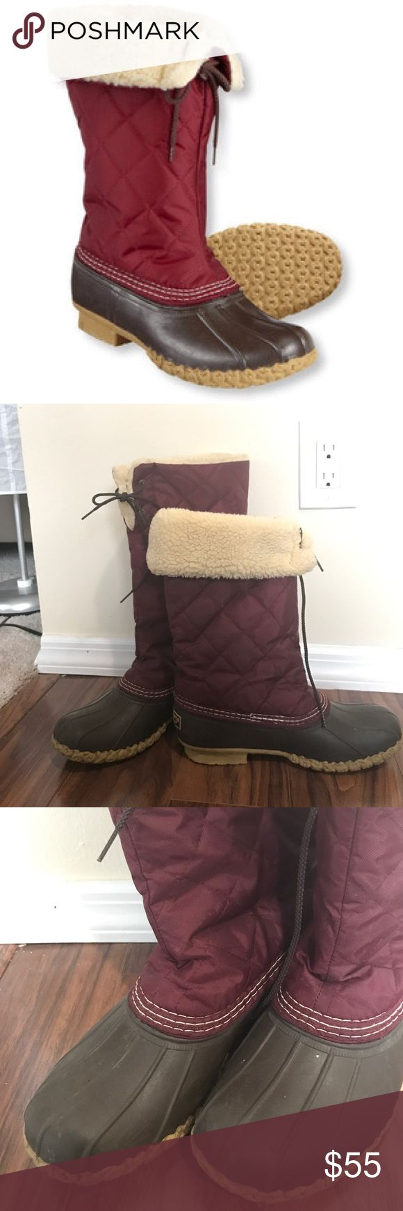 ⚡️FLASH SALE⚡️ Quilted LL Bean duck boots These run big ! Marked as a women's 7 but these would fit an 8/8.5 best. Bundle with an additional item in my closet for 20% off! L.L. Bean Shoes Winter & Rain Boots