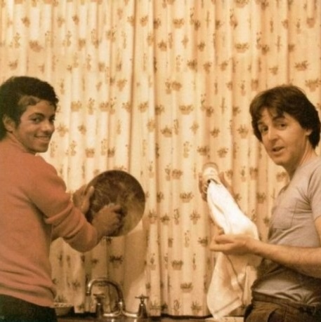 Micheal Jackson & Paul McCartney do the dishes