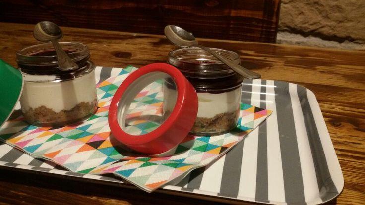 Cheesecake al Cramberry nel bicchiere - IL GREMBIULE INFARINATO -