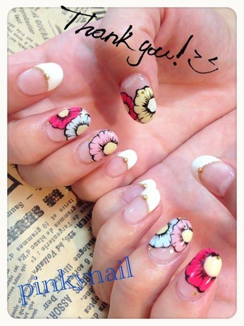 unhas florais #nail #unhas #unha #nails #unhasdecoradas #nailart #gorgeous #fashion #stylish #lindo #cool #cute #fofo #floral #flores #flor #flower