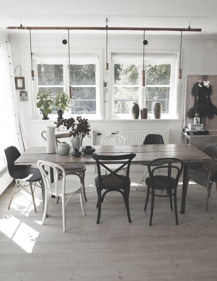 """Två """"gamla"""" ikea öglan vid vårt matbord!   @my casa"""