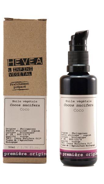 L'huile de coco biologique Hévéa est une huile multi-usages parfaite pour nourrir les cheveux cassants ou abîmés, apaiser les cuirs chevelus irrités, démaquiller impeccablement le visage, nourrir le corps et le visage, même aux endroits les plus sensibles comme les paupières. #hevea #huiledecoco