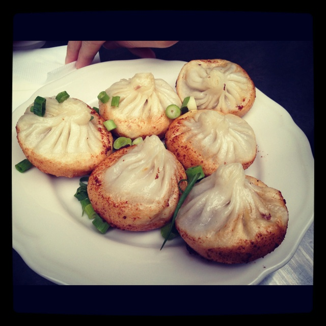 Mini pork buns with juice oozing from it!