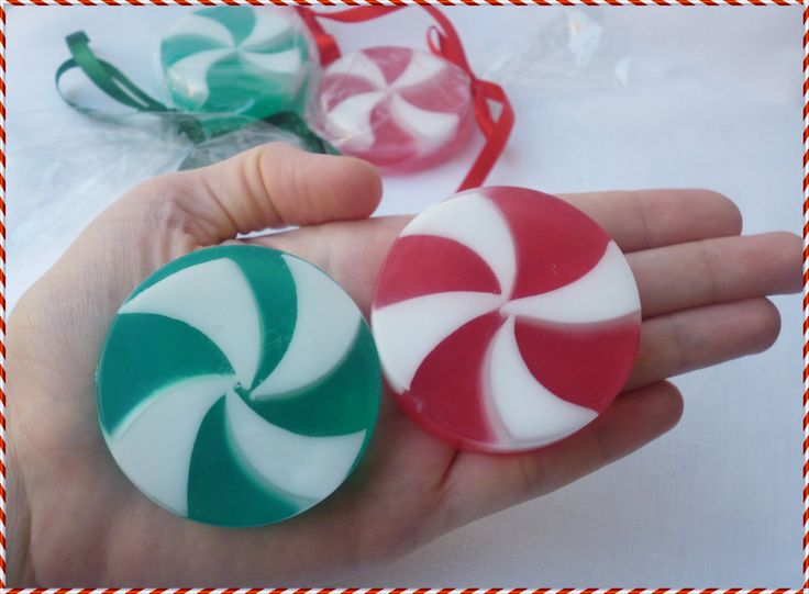 CANDY CANE SOAPS - Christmas Candy Cane soaps - Favor soaps - Holiday Soaps - Christmas Gift Soaps - Handmade Candy Cane soap by StarSoapsbyIvana on Etsy