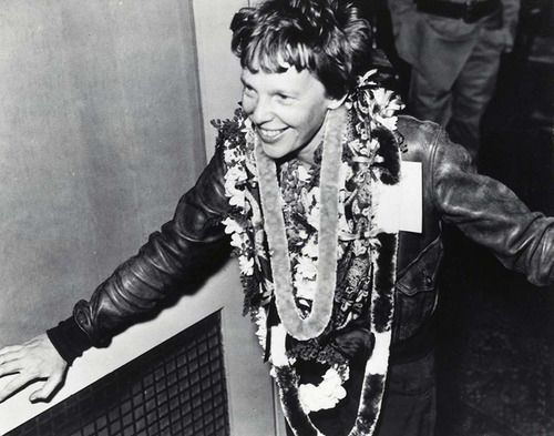 Jan. 11, 1935: Amelia Earhart Becomes the First Person to Fly from Hawaii to U.S. Mainland