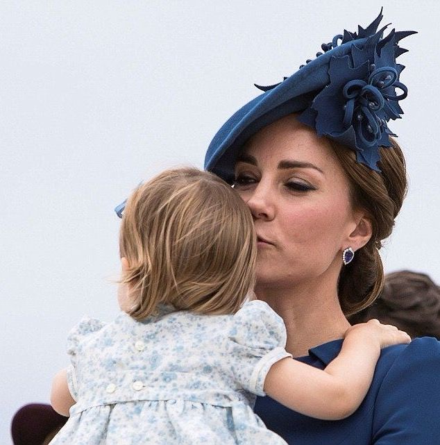 Royals: Princess Charlotte and her mom Catherine