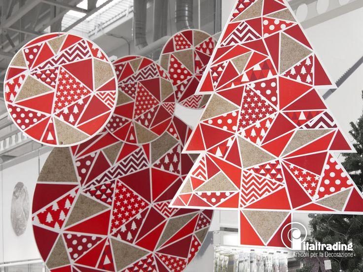 ARTICOLI CHRISTMAS DESIGN  dettaglio della nuova collezione del kit 3 sfere e alberi con pattern geometrici per una decorazione classica del natale riproposta in chiave contemporanea e moderna di grande effetto.
