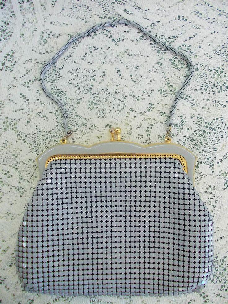 Vintage Handbag, Gray Metal Mesh, Enamelled Clasp, Wristlet Bag, Snake Chain