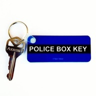 TARDIS Keychain. I need this for my dorm room key