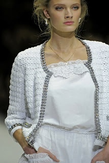 CROCHET FABRIC:  Chart for the stitch used in Dolce & Gabbana cardigan