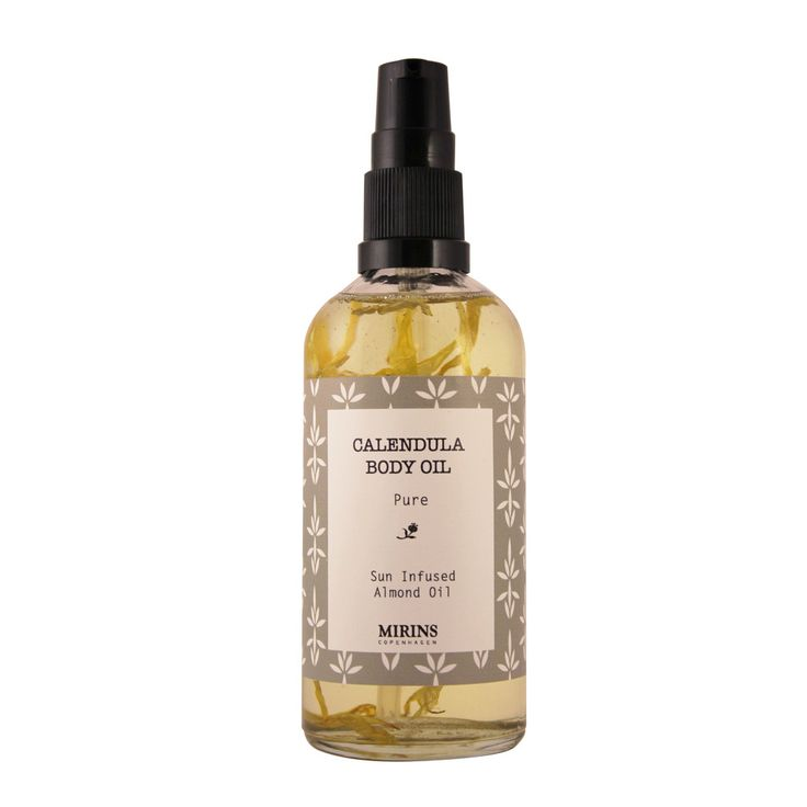 Calendula Body Oil - Sun infused Almond Oil with Calendula Flowers Petals Hydrating and nourishing. Apply after shower or bath Ingredients Almond Oil, Calendula Flowers Petals Size: 100ml