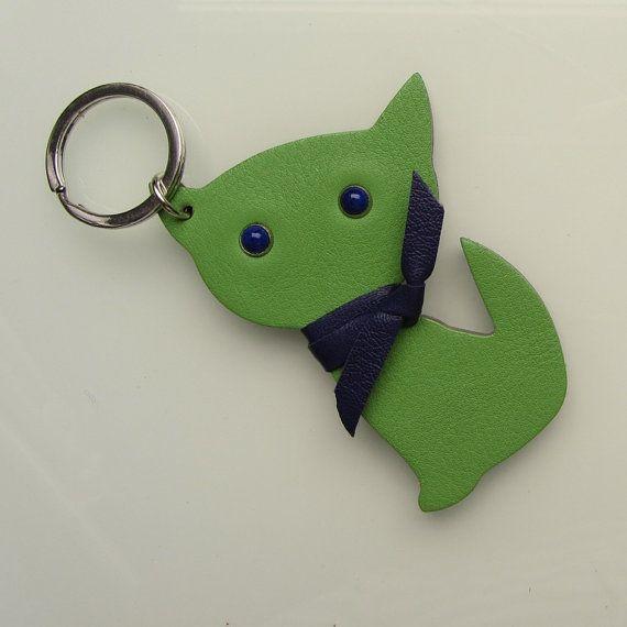 Keychain / keyfob / bag charm Kitten Meow  in by RinartsAtelier
