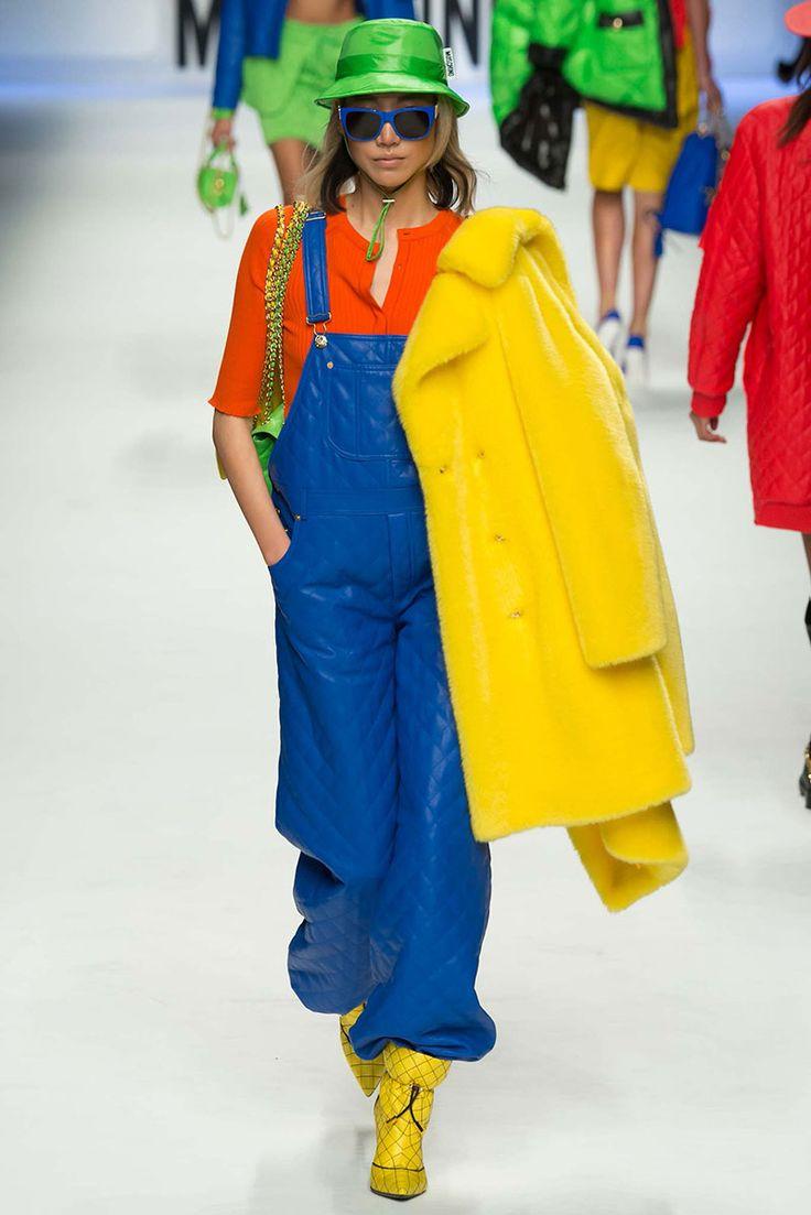 Ütős színkombinációk. Színkontrasztok az öltözködésben. Színezet kontraszt.
