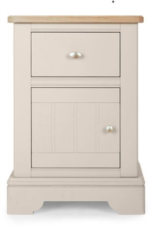 Hampton Bedside Table - Dimensions: H66 x W46 x D40 cm.