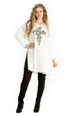 Double D Ranch Fall 2017 Sangre De Cristo Top ~ White https://cowgirlkim.com/collections/whats-new/products/double-d-ranch-fall-2017-sangre-de-cristo-top-white