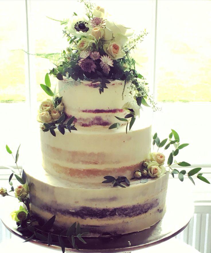 Woodland semi naked cake to www.andifreemancakes.co.uk