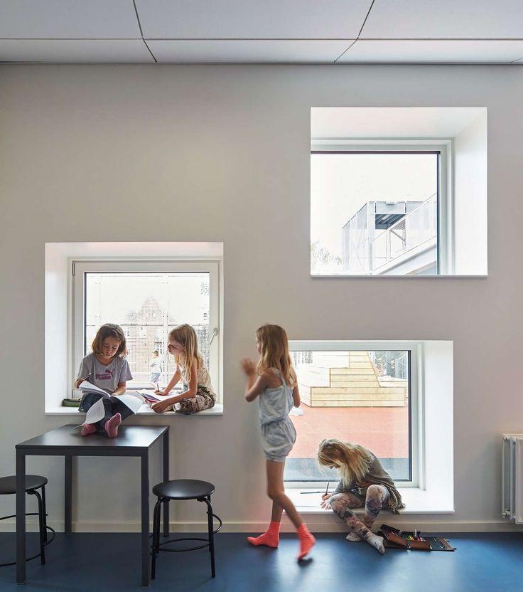 Frederiksbjerg School   ArcDog