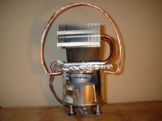 I was researching some DIY electronics and discovered thermoelectric devices. It works both ways, you can generate temperature with electricity (Pelitier effect), and you can generate electricity from temperature (Seebeck effect). Amazing stuff, I also double-checked, this is also the technology behind SEGS (solar electric generating system) generating 354MW of electricity in the Mojave desert…