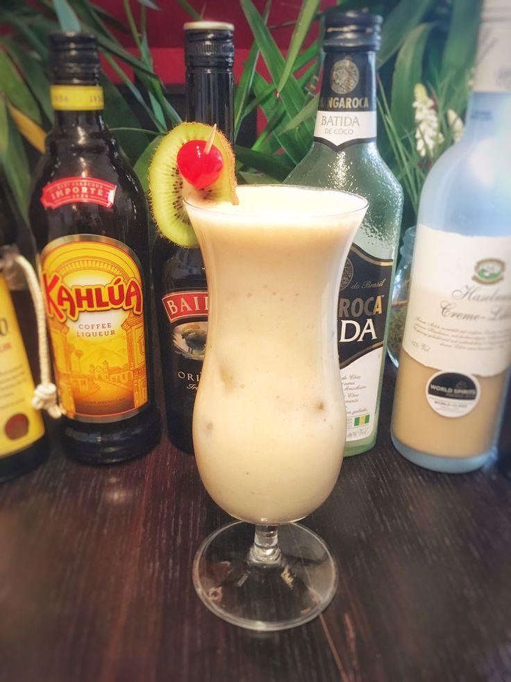 Colada Cocktail Recipes with Banana - Baileys, Kahlua, Batida de Coco and Company